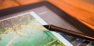 Sweet 16: Wacom's Cintiq 16 pen display makes retouching photos a breeze