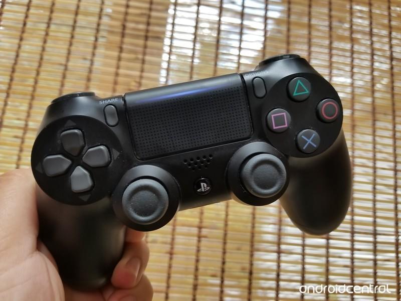dualshock4-controller.jpg?itok=-6vJuLrA