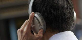 Bose QuietComfort 35 II wireless headphones get a $93 price cut