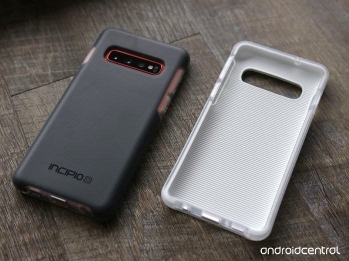 The Incipio Aerolite case is a clumsy Galaxy S10 owner's best friend