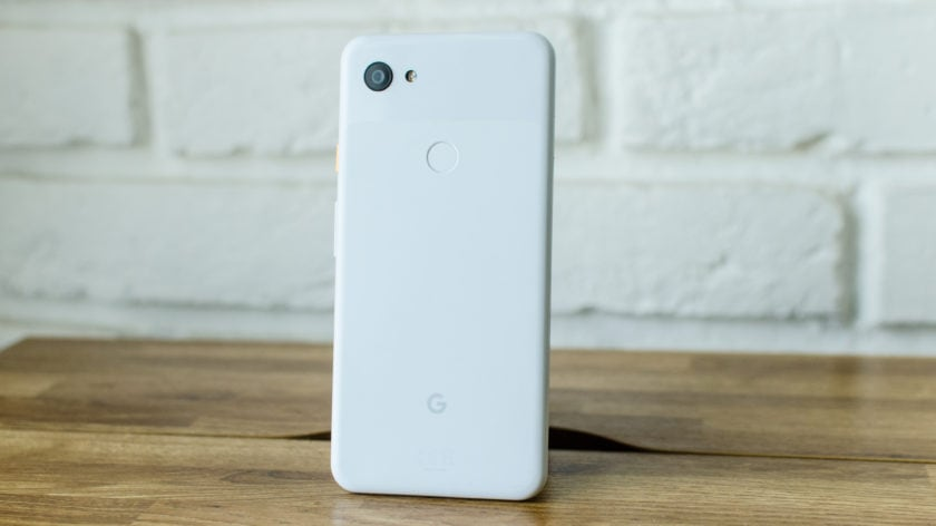 back of google pixel 3a xl