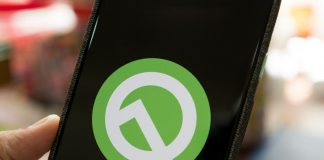 Android Q's 'Adaptive Sleep' could keep your screen awake while using it