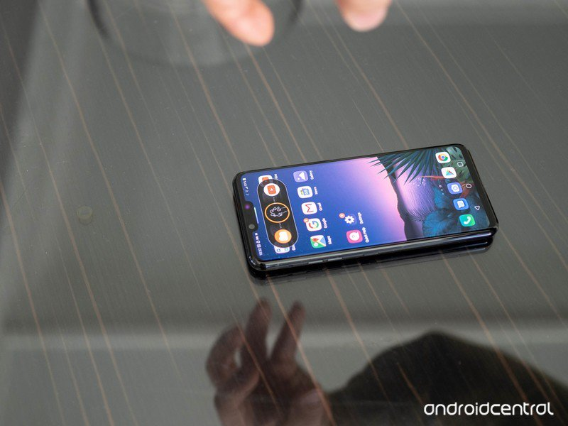 lg-g8-hands-on-15.jpg?itok=hAcN7V4q