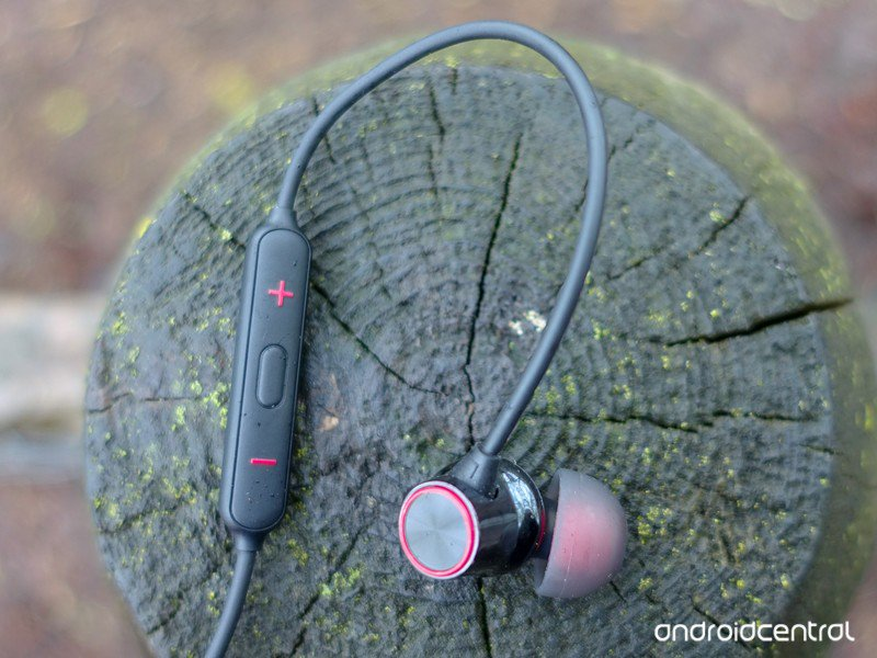 oneplus-bullets-wireless-2-5.jpg?itok=Yv