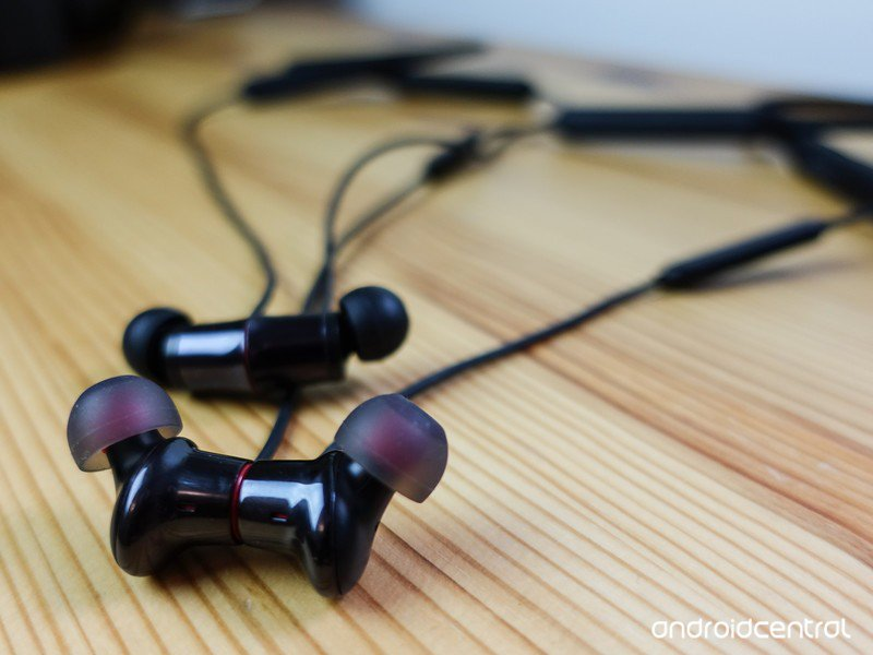 oneplus-bullets-wireless-2-18.jpg?itok=8