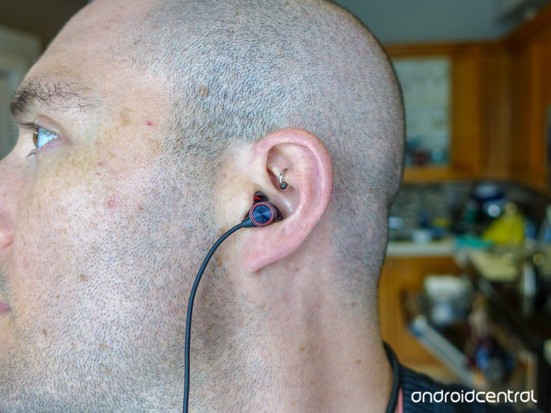 oneplus-bullets-wireless-2-8.jpg?itok=rp