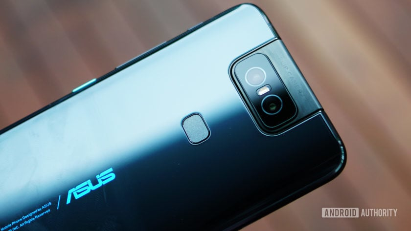 Asus Zenfone 6 back glass reflection with fingerprint scanner and camera