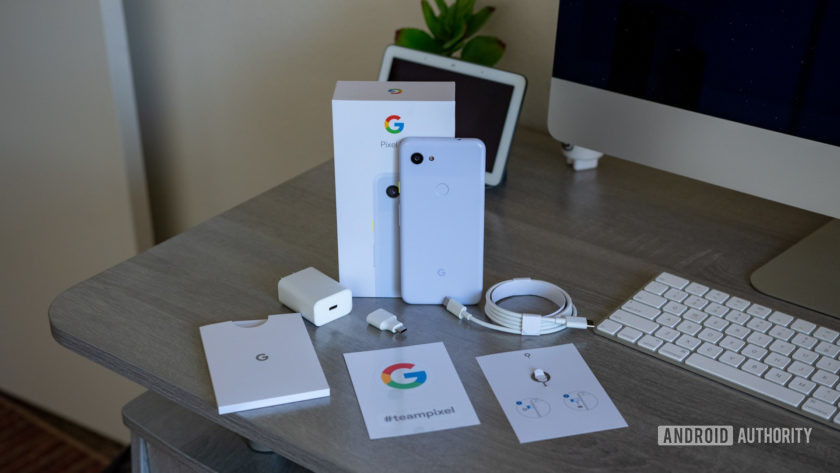 Google Pixel 3a What's in the box