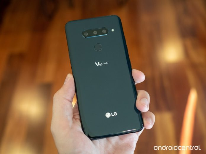 The LG V40 in the U.S. is just now getting its Android Pie update
