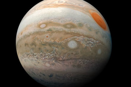 Jupiter's vast magnetic field stretches over time, driven by atmospheric wind