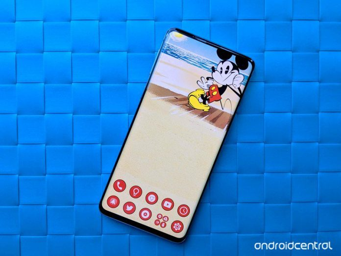 Disney gets in on the hole-punch fun with official Galaxy S10 wallpapers