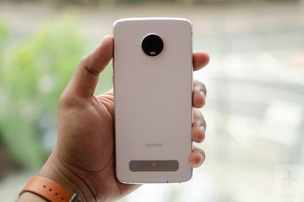 Moto Z4 vs. Google Pixel 3a XL: Smartphone spec comparison