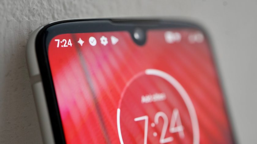 Front upper side of the Motorola Moto Z4