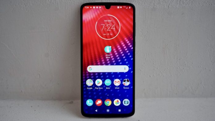Motorola Moto Z4 hands-on: Moto keeps the Mod line alive