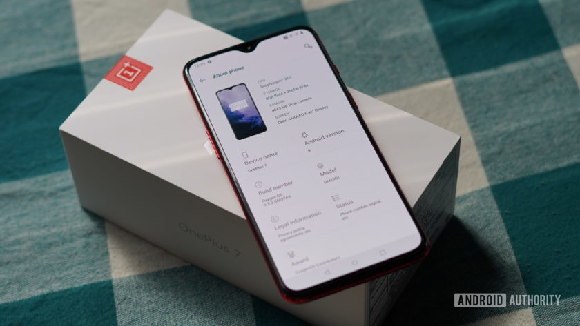 OnePlus 7 box and specifications