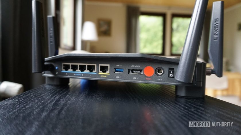 Flashrouters ports of Linksys-3200ACM