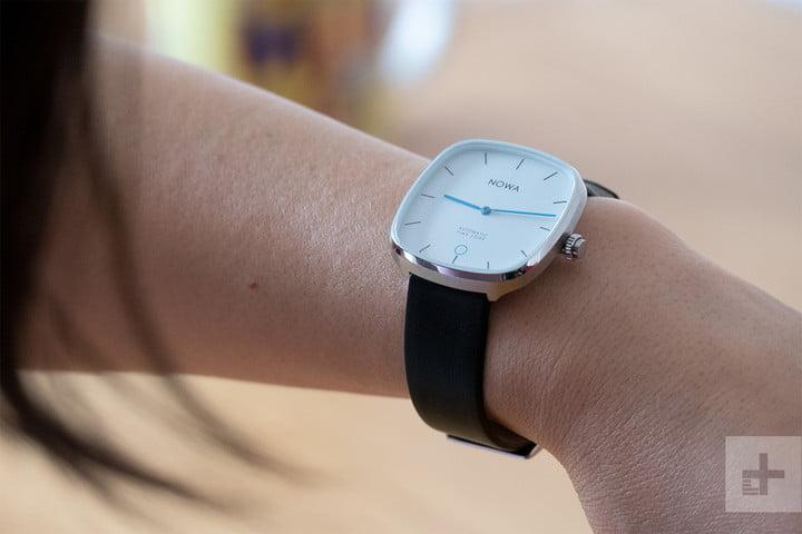 nowa superbe smartwatch fitness tracker