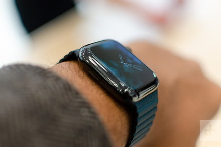 The Apple Watch Series 4 is still at its lowest price for Father's Day