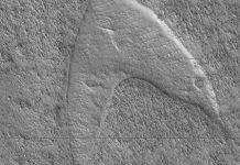 Ex astris, scientia: Star Trek logo spotted on the surface of Mars
