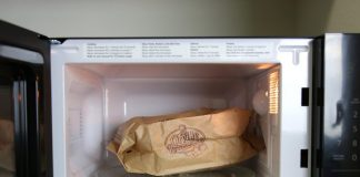 How to automatically re-order popcorn with the AmazonBasics Microwave