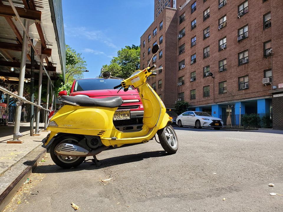galaxy s10 vs iphone xs nokia 9 oneplus 7 pro pixel 3a huawei p30 camera shootout yellow motorcycle samsung plus