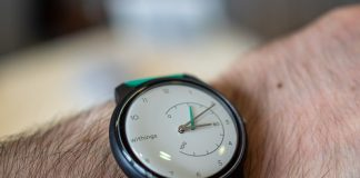 Huawei promises, Google punts