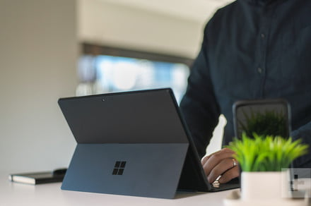 Microsoft reportedly releasing foldable Surface next year with 9-inch screens