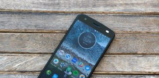 The Moto Z2 Force on AT&T, Sprint, and T-Mobile isn't getting a Pie update