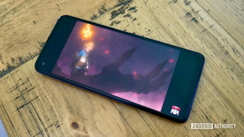 Motorola One Vision Zelda trailer with black bars