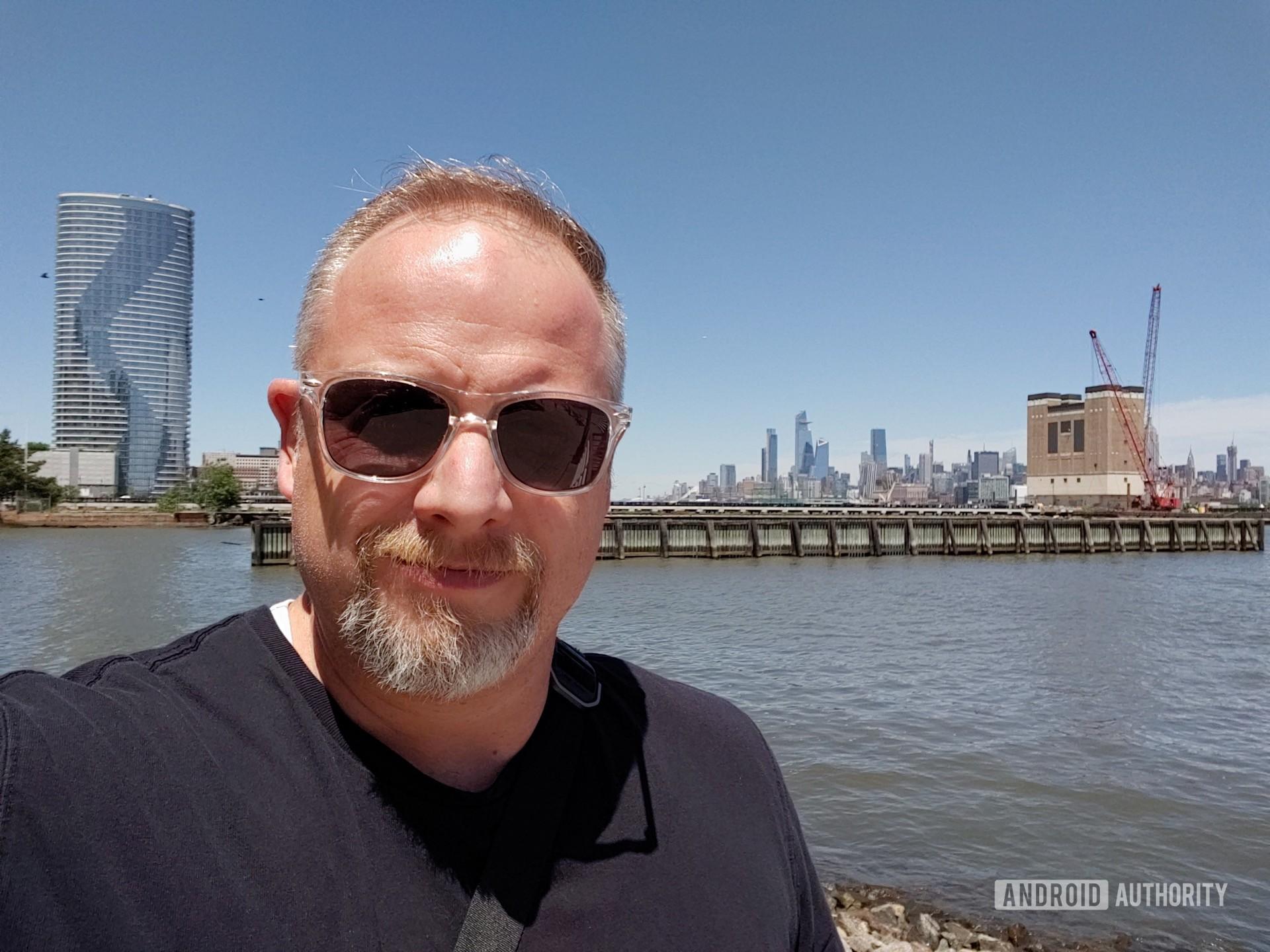 LG V50 ThinQ Review sample photo regular selfie