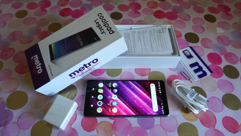 Coolpad Legacy package contents