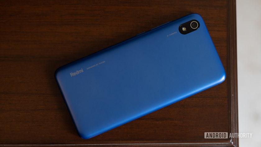 Xiaomi Redmi 7A back of the phone