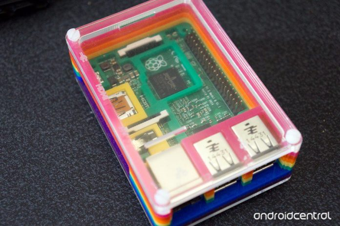 Does the Raspberry Pi 4 need a heatsink?