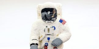 See how a life-sized astronaut was built from LEGO bricks