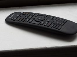How to use a universal remote on PlayStation 4