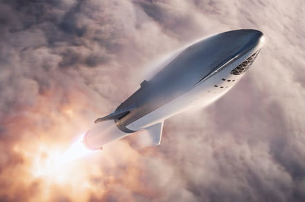 Elon Musk says SpaceX's Starship can land on the moon by 2021