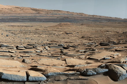 Could Mars' now-barren Gale Crater lake have once supported life?