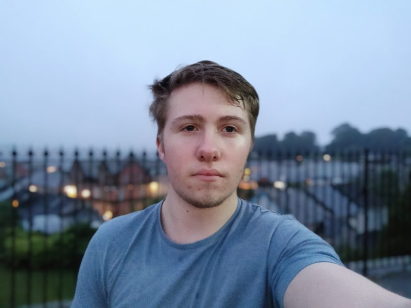 Mi 9T - Camera sample - selfie portrait