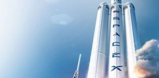 NASA will work with SpaceX on orbital refueling tech to get to the moon and Mars