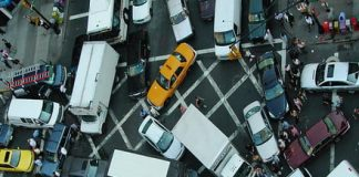 In the future, hackers could cause traffic chaos by stalling self-driving cars