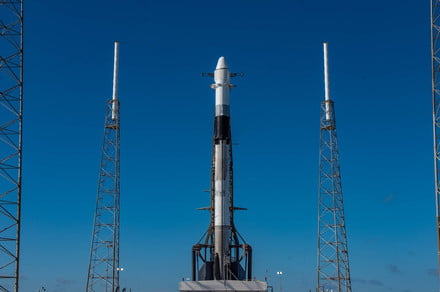 Watch live as SpaceX launches (but doesn't land) a rocket