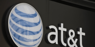 AT&T employees allegedly accepted $1M in bribes to unlock millions of phones