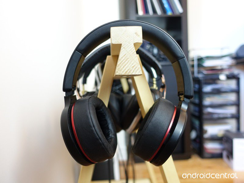fiil-iicon-headphones-2.jpg?itok=0fhaKtl