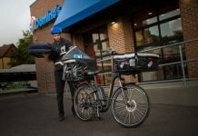 Domino's swerves around traffic by expanding its ebike pizza delivery service