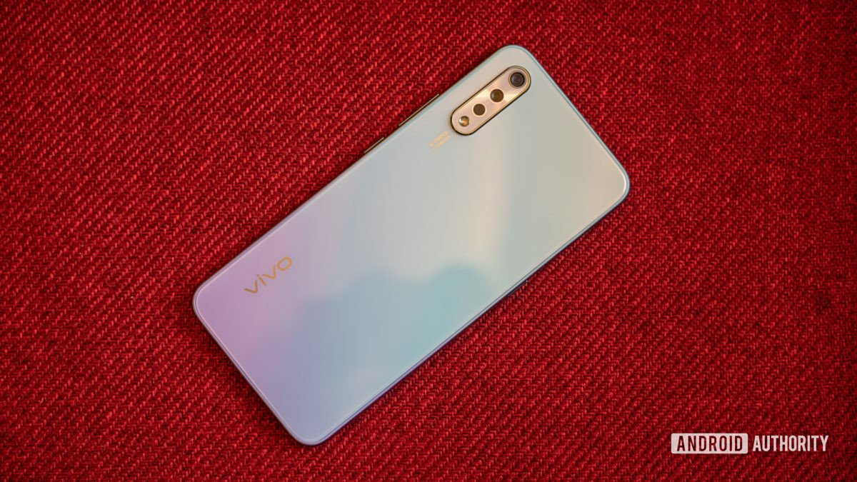 Vivo S1 back of the phone