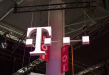FCC Chairman formally endorses T-Mobile and Sprint merger