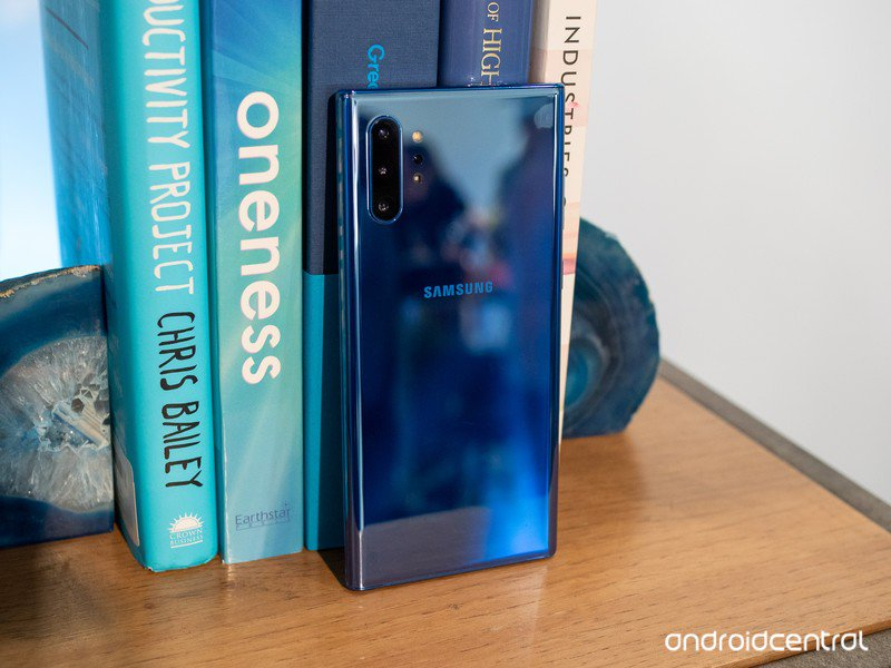 galaxy-note-10-plus-blue.jpg?itok=hJ7MRN