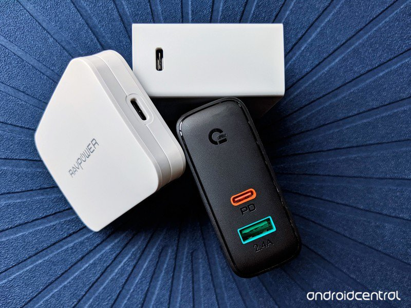 usb-c-chargers-ravpower-aukey-pixelbook-