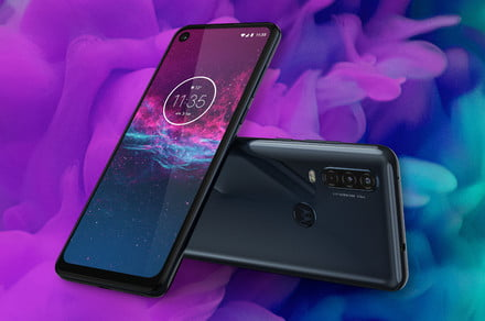 Motorola One Action says goodbye to annoying vertical videos