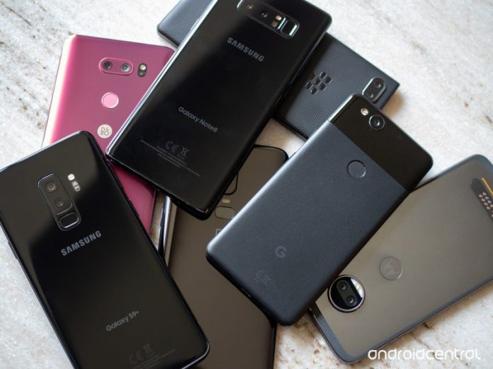 U.S. consumers are now keeping their phones for three years or more